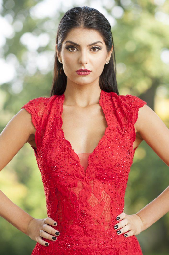 Model: Fiona Maqi; MUA(H): Bahar Yildirim