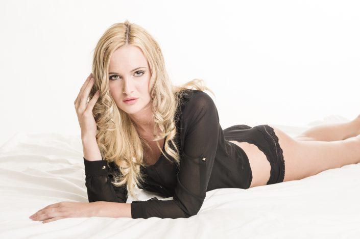 Model: Linda Pfeiffer; MUA(H): Nina Poldner